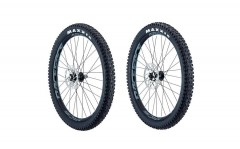 "WHYTE ALLOY & CARBON WHEELKIT 27,5""PLUS"